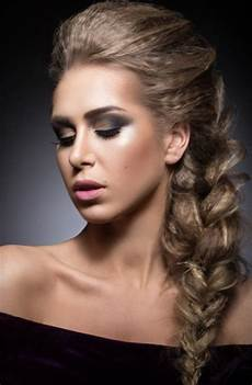 hairstyles with side braids side braid hairstyles lovetoknow