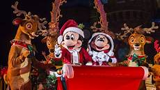everything you need to know about mickey s very merry christmas party at magic kingdom park