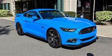 grabber blue mustang is it just me or are grabber blue s550 5 0s basically