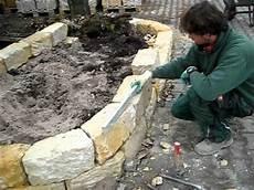 steinmauer selber machen trockenmauern aus sandstein liehr garten ambiente