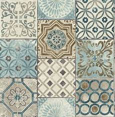 Tapeten Auf Fliesen - tapete designtapete ornamente marmor kacheln blau
