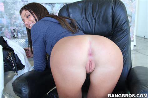 Sexy Girls Bent Over