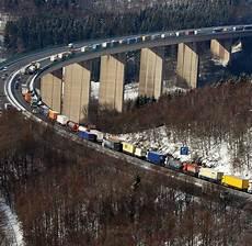 A 45 Mehr Spuren F 252 R Die Autobahn Durchs Sauerland Welt