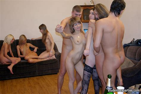 Best Nude Party