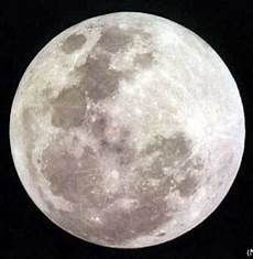 Misteri Adanya Kehidupan Di Bulan