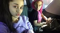 grande ungeschminkt no makeup selfie arianagrande