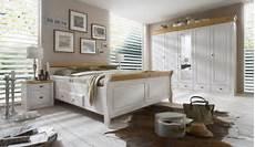 schlafzimmer landhausstil modern kiefer schlafzimmer betten kleiderschr 228 nke