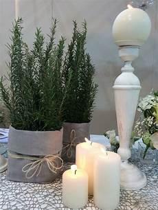 composizioni con candele e fiori semplici erbe aromatiche e candele by profumo di fiori