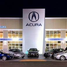 bmw or acura who makes the better car