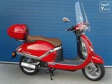 scooter 125 le plus fiable scooter 125 cc de direction 224 saisir bruxelles 1000