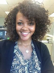 the best professional hairstyles for curly