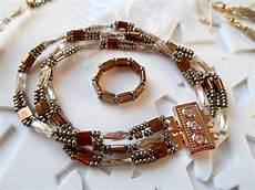 fabriquer bracelet perle fabriquer des bijoux d 233 couvrez deux nouvelles gammes de perles qui vous permettront de r 233 aliser