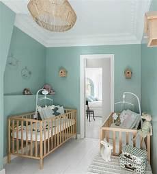 babyzimmer in mint und grau 40 ideen f 252 r kleine m 228 dchen