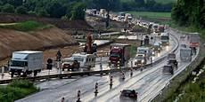 Autobahn Ausbau 44 Kilometer Baustellen Auf Der A7
