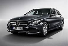 Die Serienausstattung Des C Klasse T Modells Mercedes