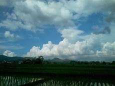 Baru 40 Gambar Cuaca Mendung Mau Hujan