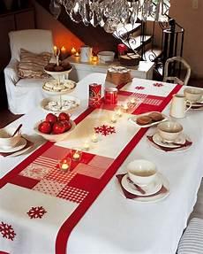 chemin de table de noel chemin de table no 235 l patchwork et blanc