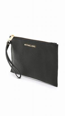 michael michael kors leather bedford large zip clutch in