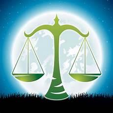 Horoskop Waage Woche - waage horoskop das bringt der magische liebes mond