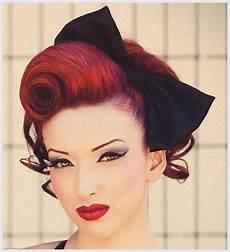 Hochsteckfrisuren Rockabilly Roll Hairstyle 50 S Fashion
