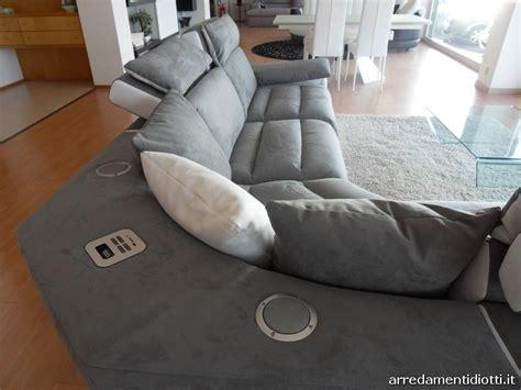 Divano M-sofa Componibile Riproduttore Musicale