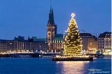 Malvorlagen Weihnachtsbaum Hamburg Weihnachtsbaum Hamburg Weihnachten In Europa