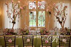 enchanted wedding at graydon hall wedding decor toronto