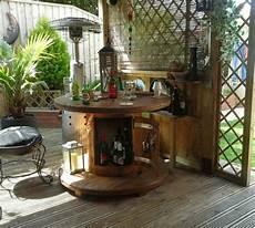 Kabeltrommel Holz Deko - gartentisch aus holz beistelltisch idee kabeltrommel