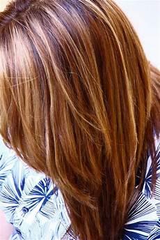 couleur caramel cheveux brun caramel haarfarbe karamell straehnchen natuerlich