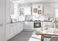 cuisine bois blanc cuisine bois blanc style cagne chic oz 201 o cuisines