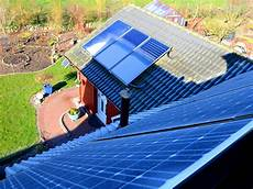 fertighaus elektroinstallation selber machen solarthermie mit solaranlagen heizen und warmwasser