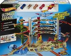 Kinder Garage by Bol Wheels Ultimate Garage Mattel