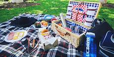 how to pack the picnic