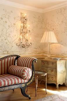 wohnzimmer tapete exklusive luxus tapete wohnzimmer blumen motiv beige creme