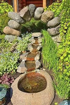 wasserläufe im garten bachl 228 ufe anlegen und gestalten wassergarten