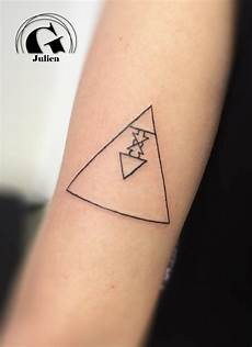 signification tatouage triangle cochese