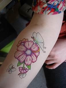 tatuaggi avambraccio fiori tatuaggi avambraccio 50 idee originali per e per lui