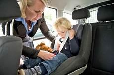 Kindersitze Sieben Fehler Bei Der Kindersicherung