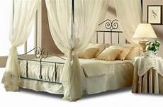 letto baldacchino una piazza e mezza letti baldacchino da una piazza e mezza offerte