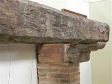 mensole antiche camino in legno
