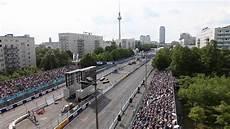 Formel E In Berlin Das Rennen Mitten In Der Stadt