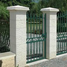 pile de portail pilier en reconstitu 233 e aspect bouchard 233 pilier