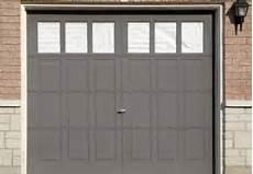 Wie Heizt Am Besten Eine Garage by Sektionaltor Streichen 187 Darauf Kommt Es An