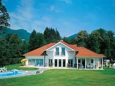 bungalow im landhausstil vario haus architects quot landhaus salzburg quot