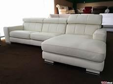 divani letto offerta divano angolare con penisola in pelle panna avorio in offerta