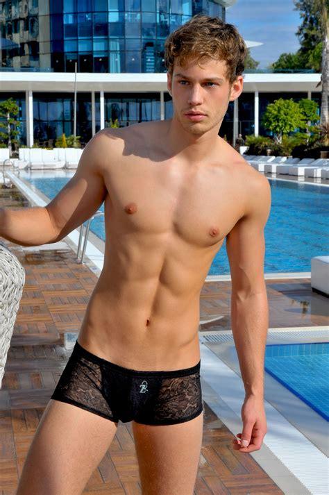 Naked Men Swimming Videos