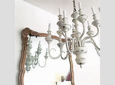 Rustic shabby chic décor, a perfect marriage of two