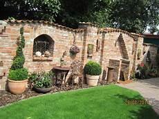 Pin Gabi Auf Kert 233 Szked 233 S Steinmauer Garten Garten