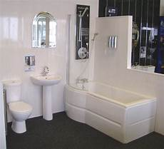 Badezimmer Wandverkleidung Kunststoff - discount pvc cladding for bathrooms in grey showers and