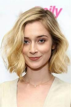 short wavy hairstyles short hairstyles haircuts 2018 2019
